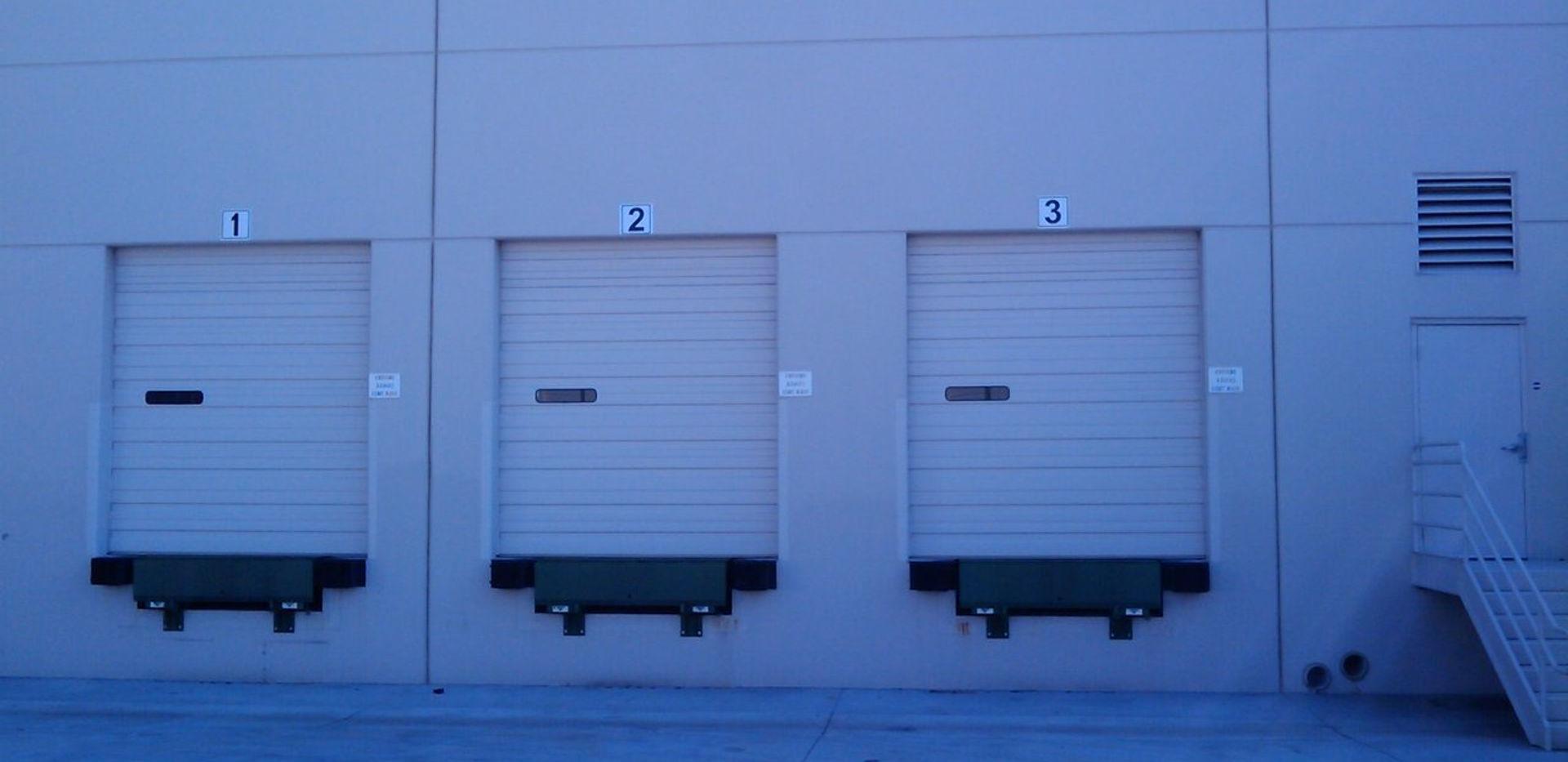 dock doors.jpg