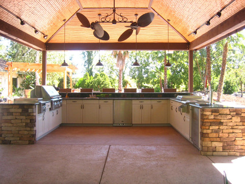 Werever / ClifRock Combo Outdoor Kitchen w/ Integrated Pavilion