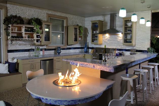 Werever Kitchen w/ Firepit