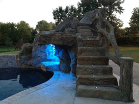 Custom Water Feature w/ Upgraded Monolithic Cave