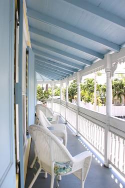 Angelina Guesthouse Balcony KW