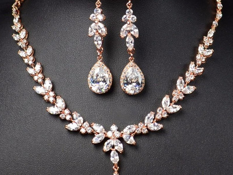 Here's What Makes Diamond Jewellery So Expensive