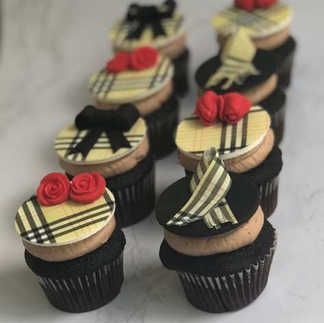 Mini Burbery Cupcakes