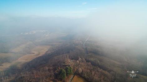 Drone nella Nebbia