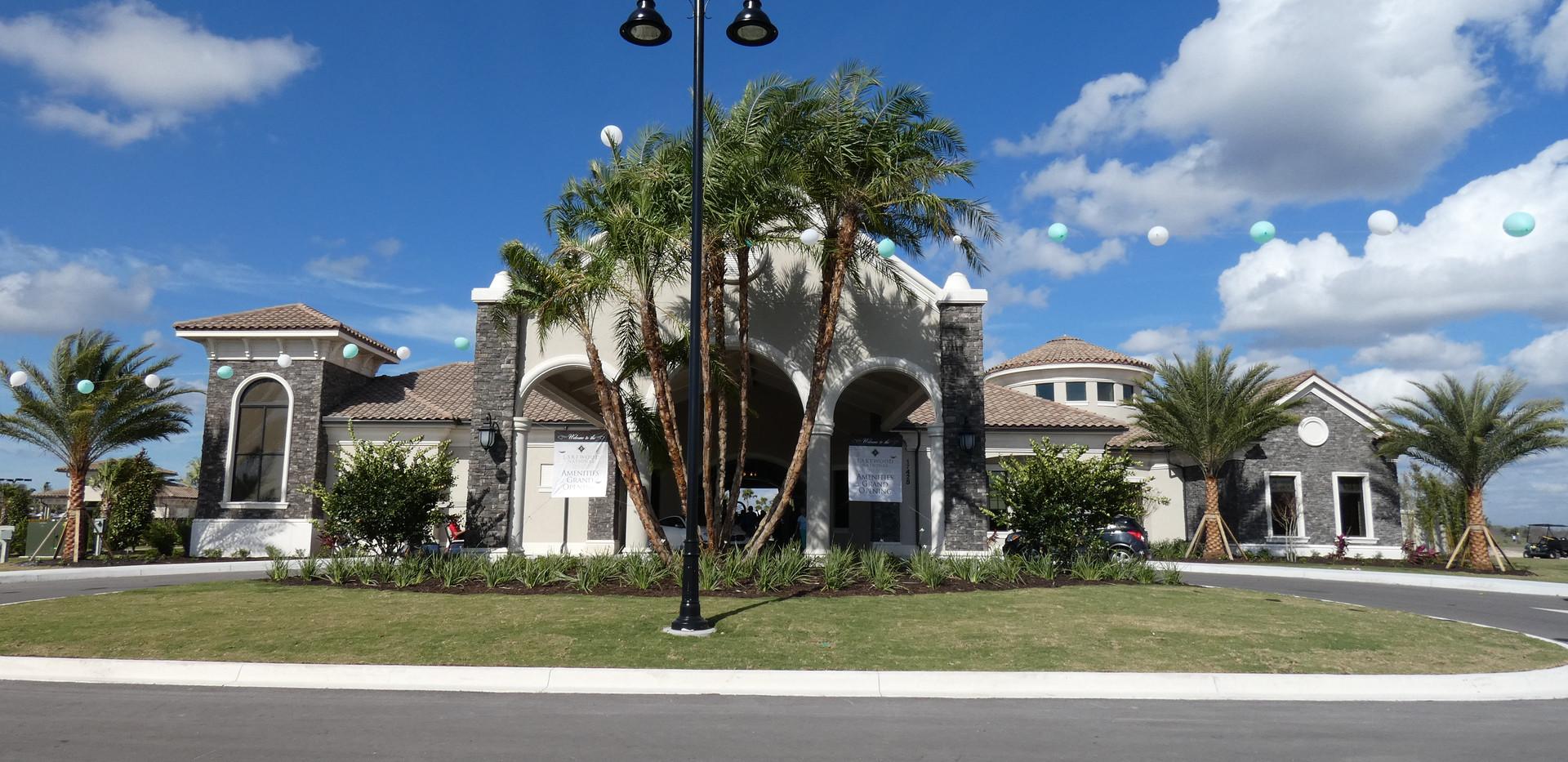 Lakewood National club house and pool