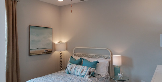 The Palisades Lakewood Ranch model home guest bedroom