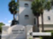 Island Park condos Venice FL entrance