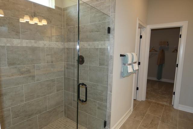 Master Bath Shower in Venice Woodlands