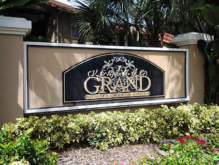 Vintage Grand Palmer Ranch condos for sale