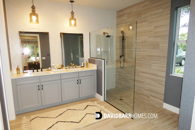 Toll Brothers Venice Woodlands model home master bath