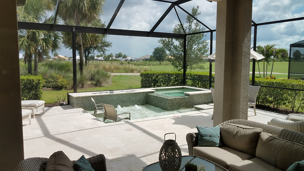Outdoor golf course living in Lakewood Ranch