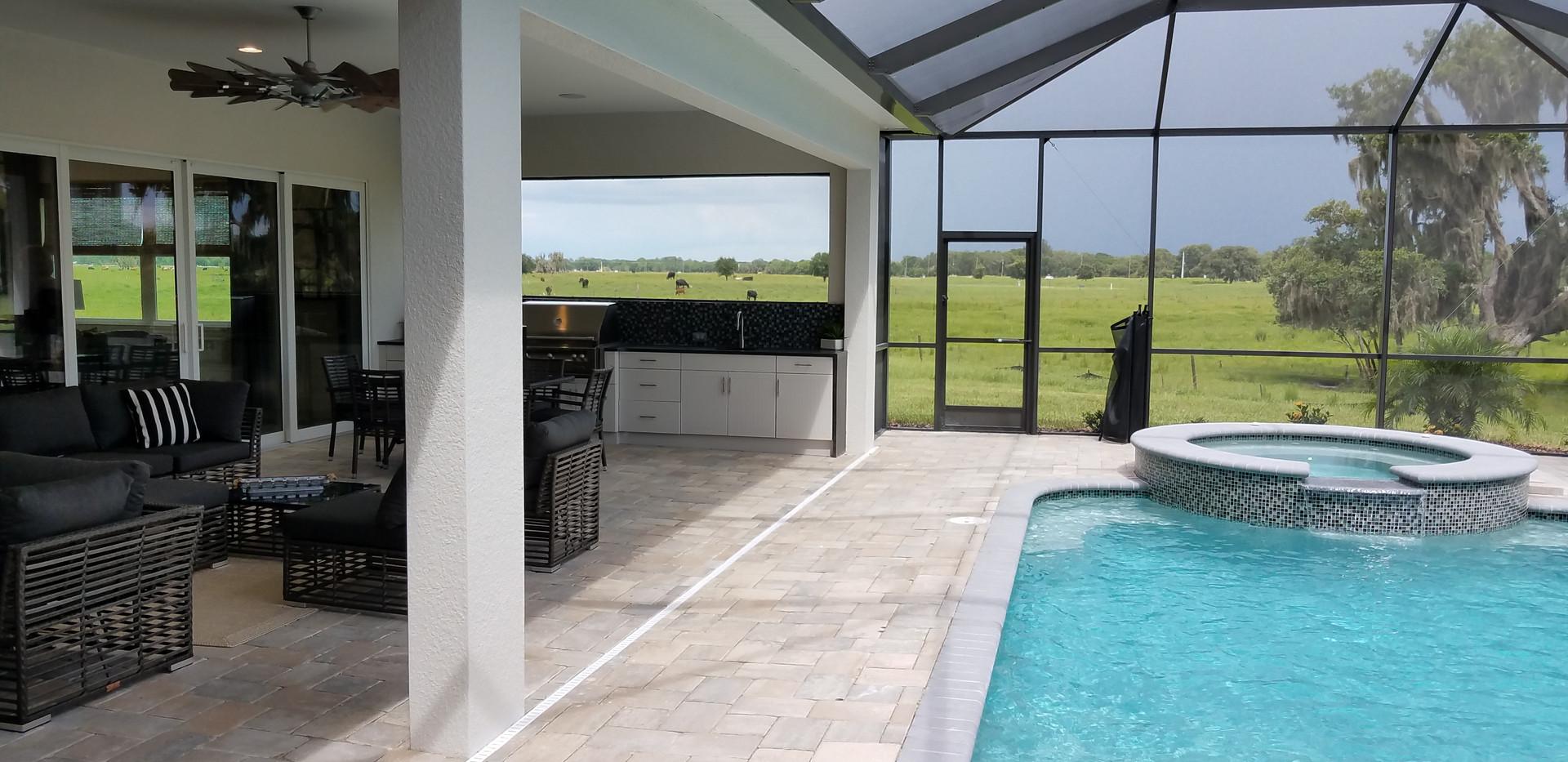 Hampton Lakes Sarasota outdoor living