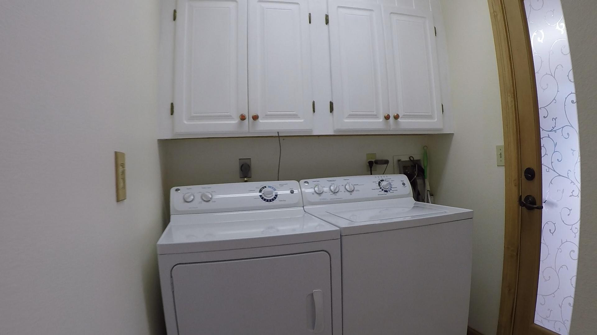 1207 Falcon Road laundry