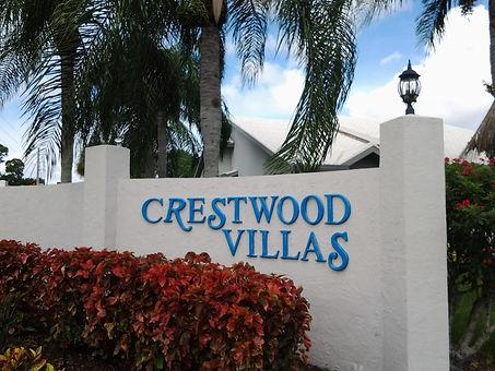 Crestwood Villas Sarasota for sale