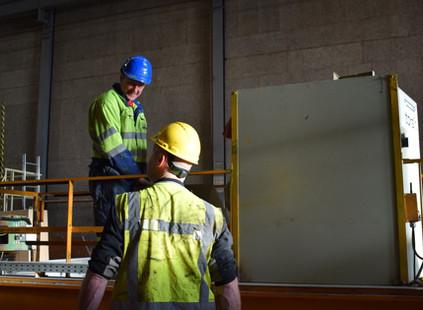 Ombouw van een rotatiekraan bij Heembeton te Lelystad
