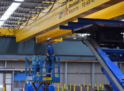 Refit bovenloopkraan bij Vlietjonge Staalhandel in Nieuwegein