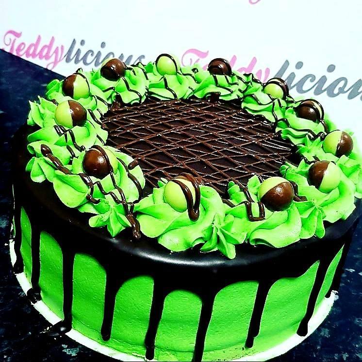 Mint Aero Cake