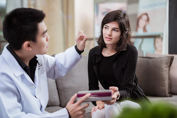 Dermal-Fillers-Metro-Clinic-Bangkok-Examination-01