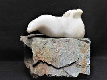 polar bear with cub alabaster.jpg