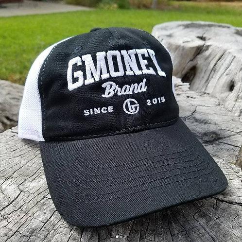 BLACK AND WHITE SPORT CAP