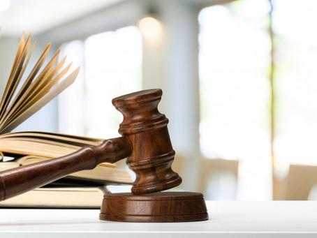 Banco é condenado a pagar danos morais por cobrança indevida