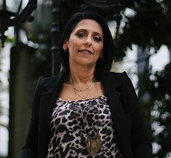 Foto Dra Claudia Neves.JPG