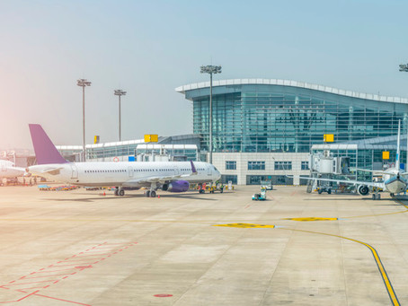Empresa aérea terá que indenizar cliente por 30 horas de atraso em voo