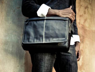 Safeguard Your Laptop with Long Lasting Custom Leather Messenger Bags