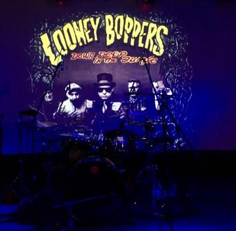 Looney Boopers - Place club.jpg