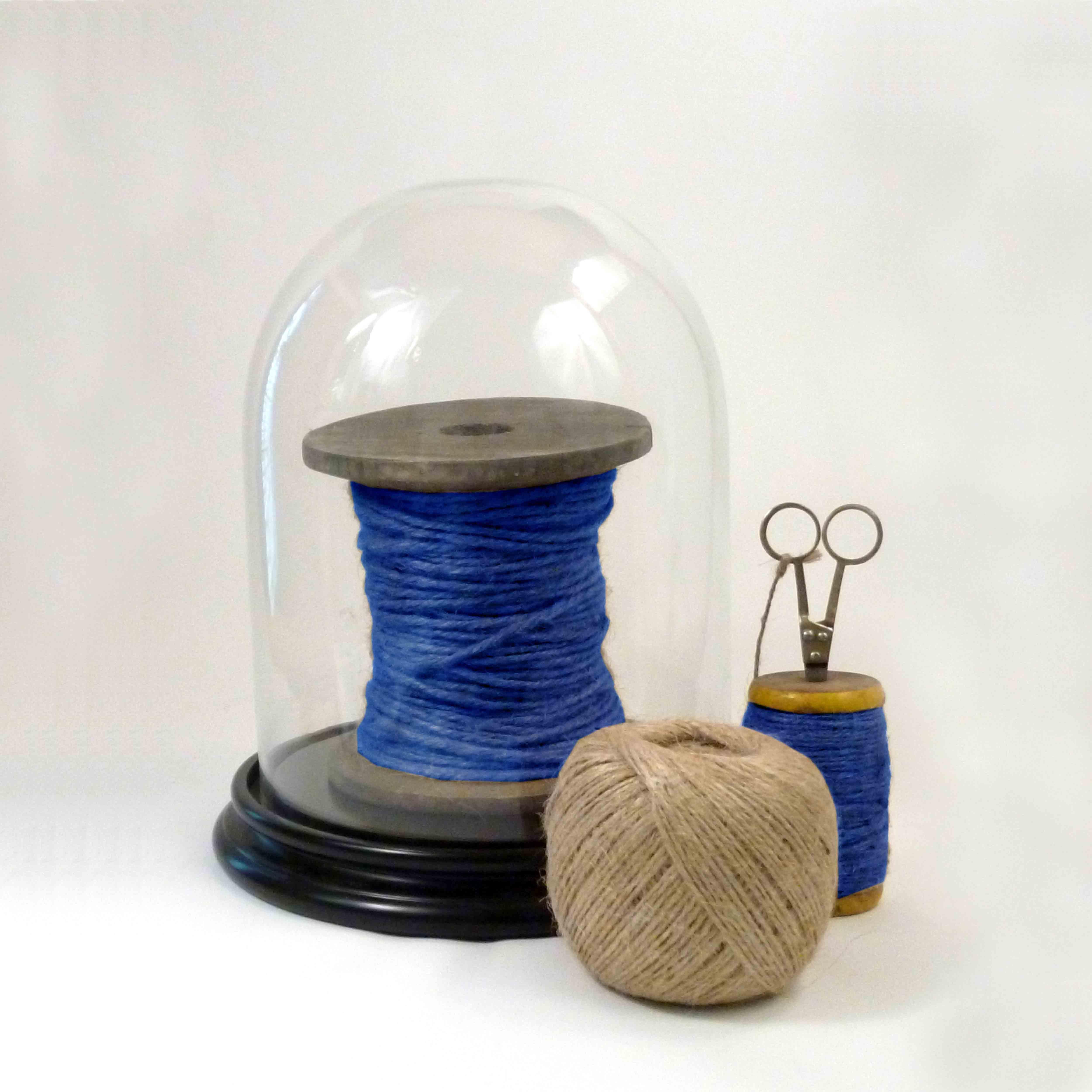 022 BLUE BELL JAR WITH STRING v02