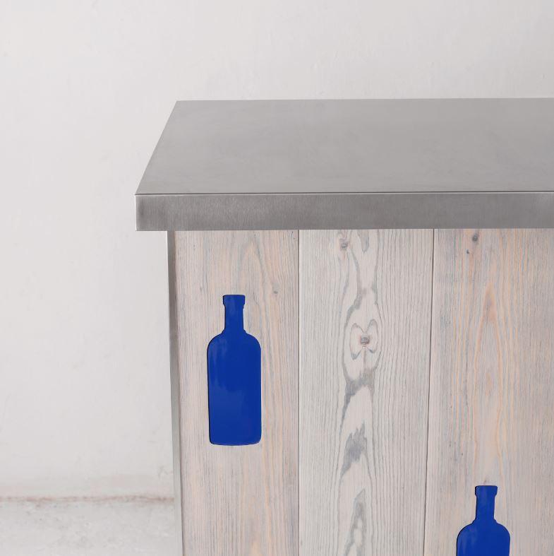 AVO Plank wood bar front