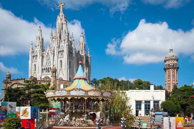 Tibidabo Amusement Park and Sagrat Cor Basilica: A Barcelona Dichotomy Worth Visiting