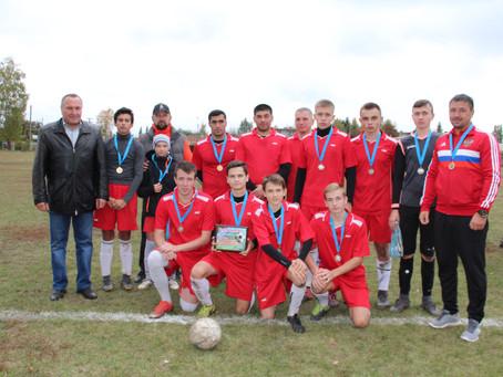 В Черемисиново состоялся традиционный турнир по футболу, посвященный Дню учителя