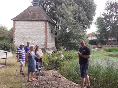 Community Walk Through Canons Grounds