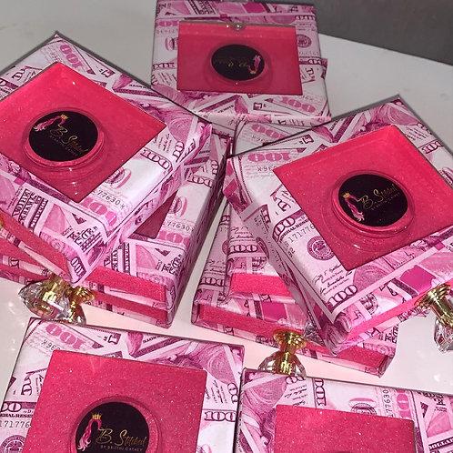Pink money box Lash Packaging