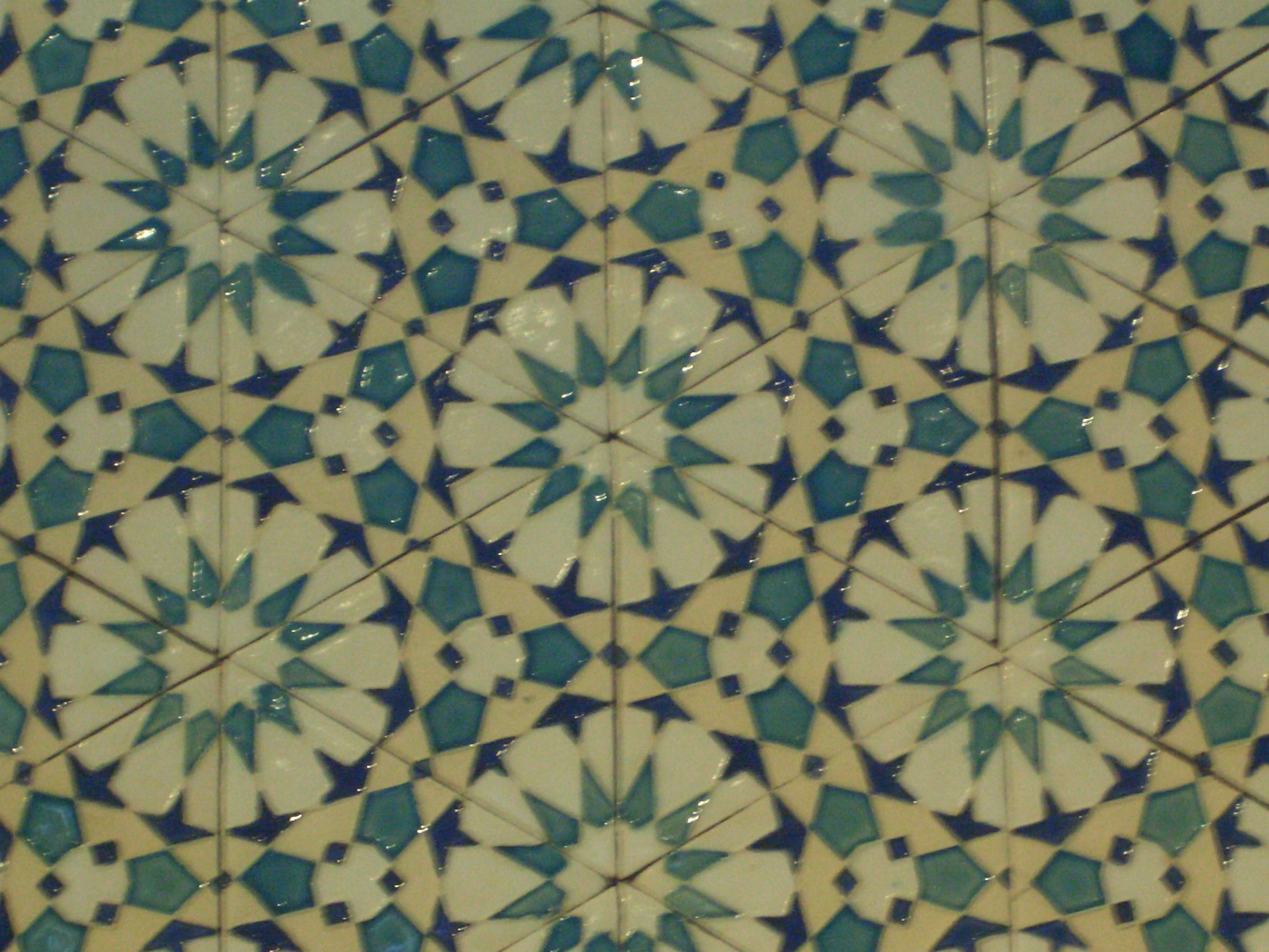 Islamic Design and  tiles-making
