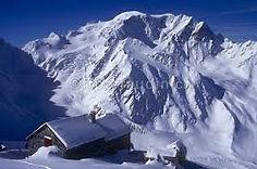 Cabane Valsorey med mont Velan og Mont Blanc