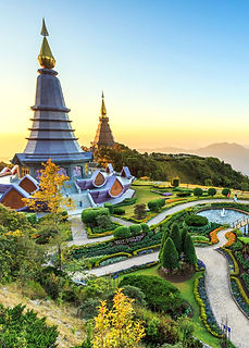 landscape-of-two-pagoda-at-the-inthanon-