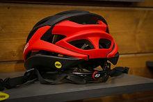 Giro-Syntax-Seyen-mips-helmets-gwin-cham
