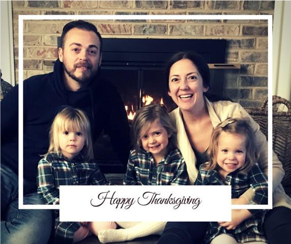 Family Thanksgiving Image