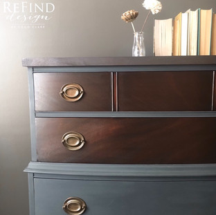 Custom Hepplewhite Dresser