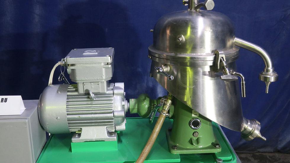 Лабораторный сепаратор с саморазгру-жающимся барабаном  Тип SA 1