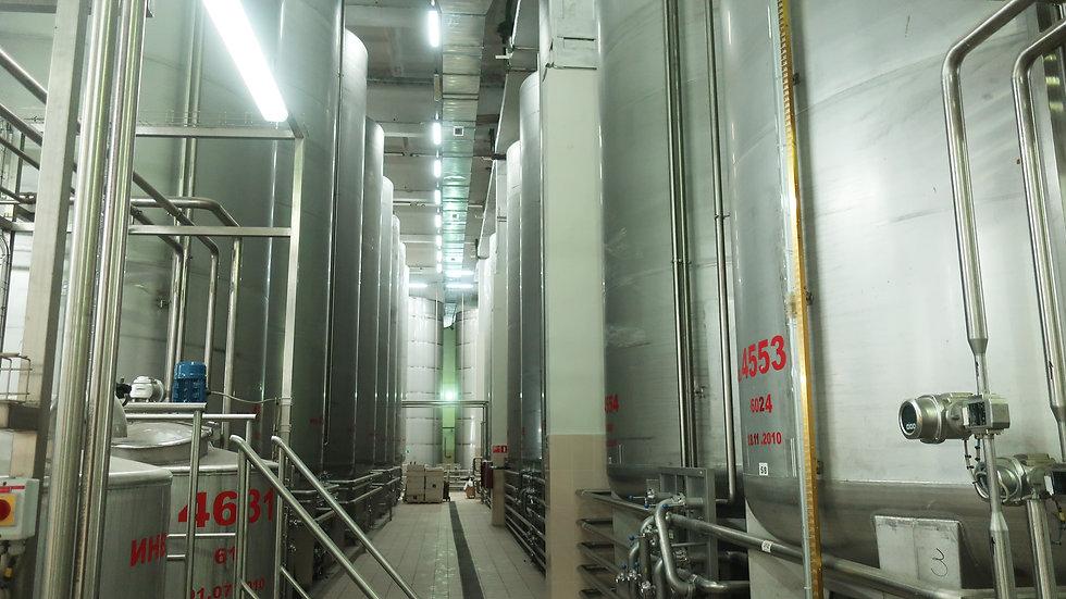 Емкость для приемки и обработки ЖКС виноматериалов