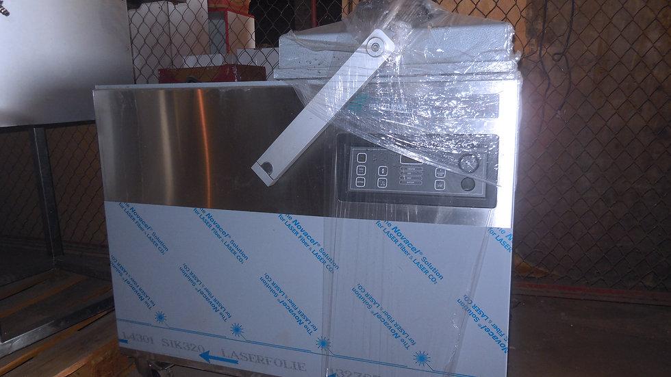 Вакуумный упаковщик Henkelman Falcon 2-60