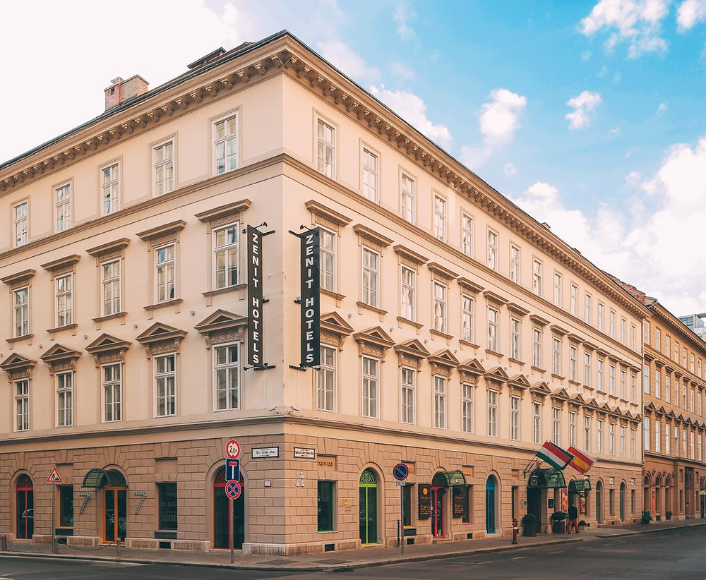 מלון 4 כוכבים -  Hotel Zenit Budapest Palace