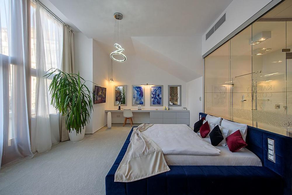 מלון 4 כוכבים -  Karoly Corner Residences