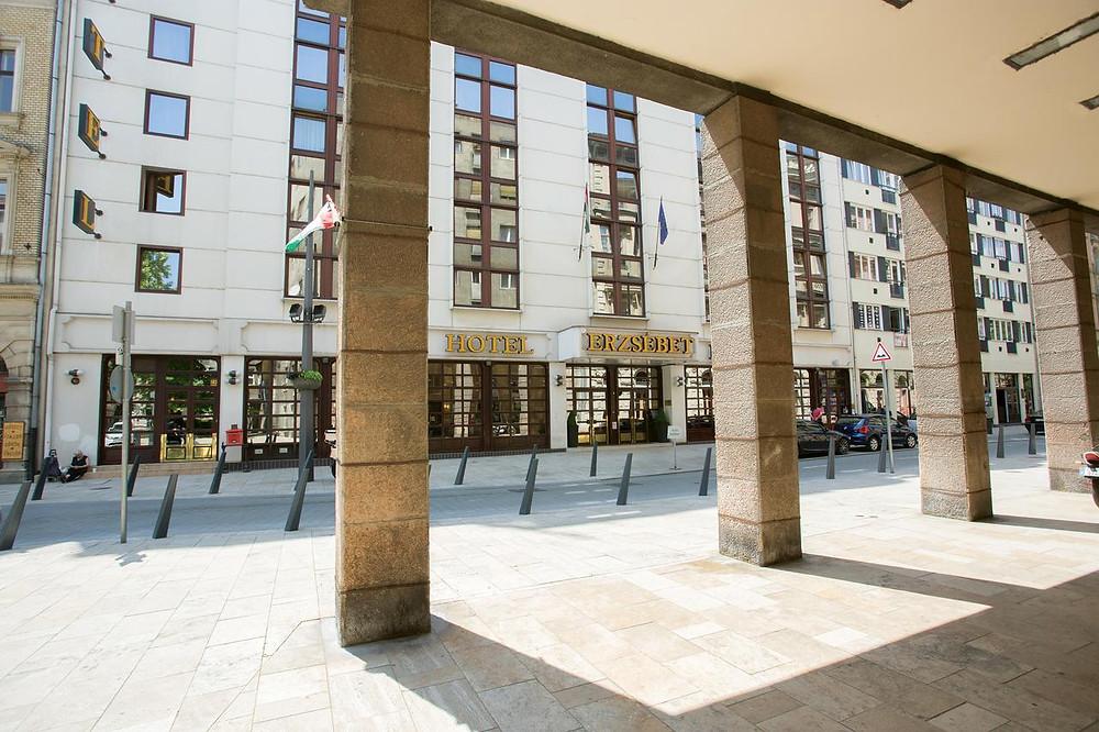 מלון 3 כוכבים - Hotel Erzsébet City Center
