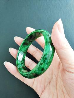 Circular bangle Natural Jadeite (A)