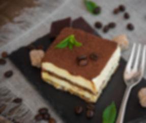 Italian traditional tiramisu cake un dar