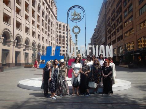 """[Diario Armenia] Empresarias argentinas viajaron a Armenia: """"Una experiencia enriquecedora"""""""
